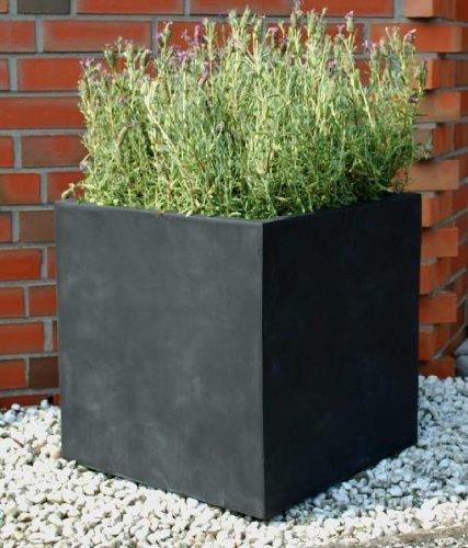 """Pflanzkübel """"Block"""" aus Fiberglas von AE Trade"""